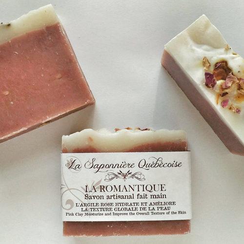 savon naturel et artisanal fait main à l'argile rose